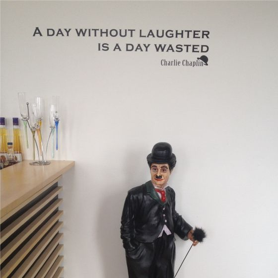 A Day Without Laughter - Wallsticker - NiceWall.dk