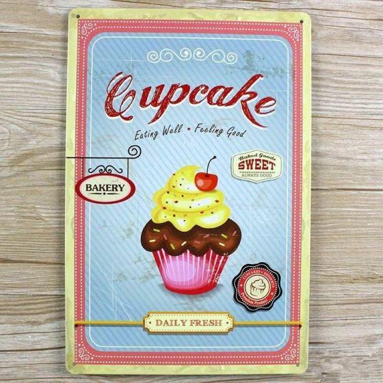 Emaljeskilt Cupcake eating well - NiceWall.dk