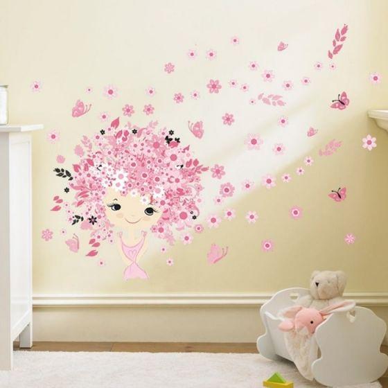 Pige med hår af blomster wall sticker. Sødt vægklistermærke med blomster og sommerfugle