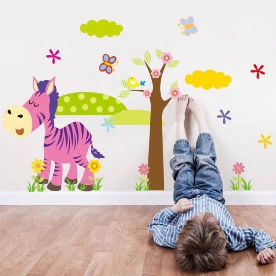 Wallsticker Sjov Zebra med landskab - NiceWall.dk