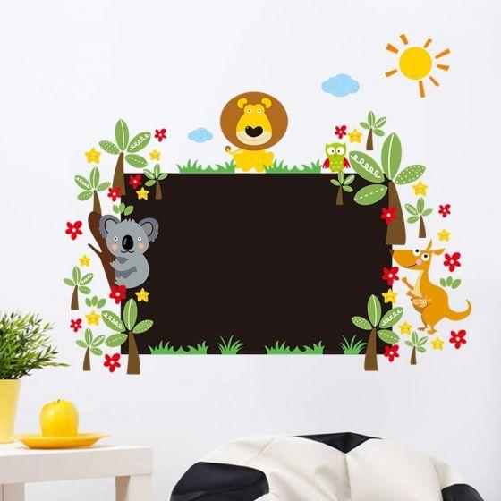 Tavle med dyr wall sticker. Flot vægklistermærke med tavlefolie og søde dyr og planter.