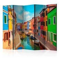 Colorful Canal in Burano II skærmvæg. Dekorativ flytbar skillevæg / rumdeler til hjem eller kontor.