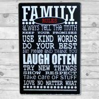 Family Rules - Metal skilt. Flot blikskilt med tekst.
