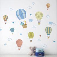 Luftballoner wall sticker. Flot vægklistermærke med luft balloner og søde dyr.