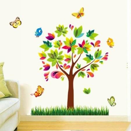 Wallsticker Farverigt træ med græs og dyr